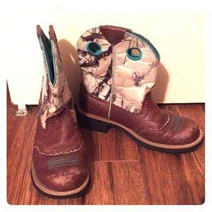 6.5 Ariat boots